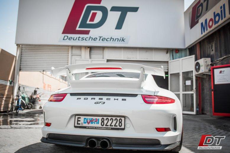 Porsche Services