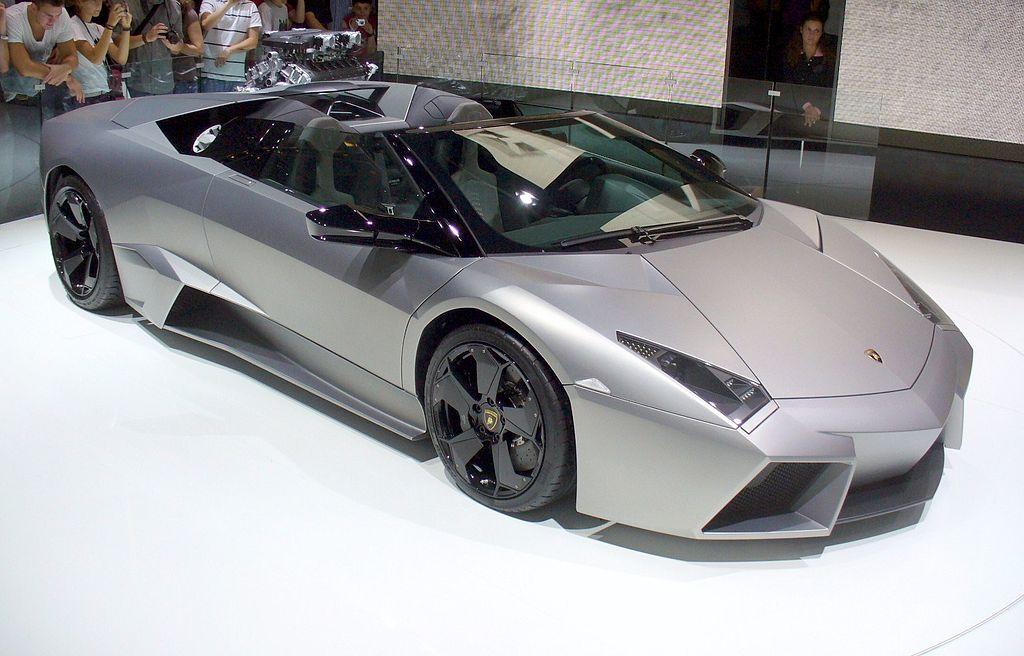 Lamborghini_Reventón